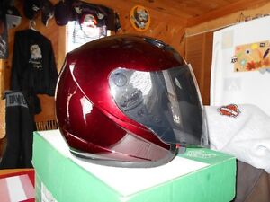GMAX HELMET WITH 2 LENES AND OPTIONAL BRIM