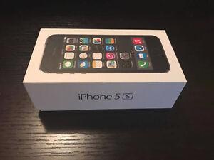 IPhone 5S avec 4 cover case et plastique