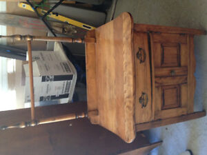 Several beautiful cottage country antiques