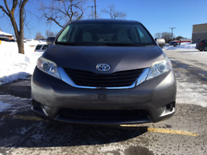 Toyota Sienna 2011 à vendre en excellente condition!!!