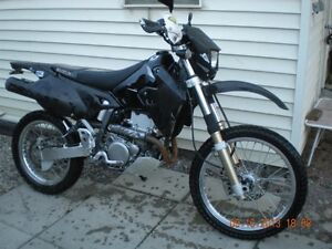 2011   Suzuki DRZ 400 S  for  parts or project,