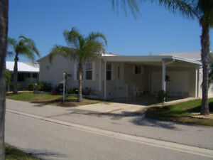 FLORIDA VACATION HOME 2BR/2BATH/DEN PLUS GARAGE