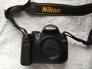 Nikon D5000 with 18-55mm VR lens