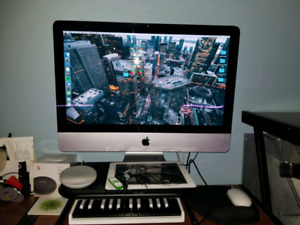 iMac 21.5 MINT $575 OBO