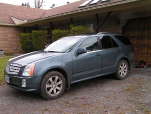 Beautiful Cadillac SRX Low Mileage, Loaded!