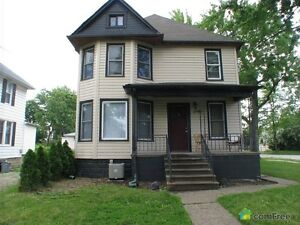 FURNISHED & FULLY RENOVATED ALL INCLUSIVE 6 BD MINUTES FROM UofW