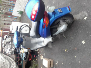 2003 Atlantis scooter 50cc mint shape
