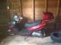 2013 saga scooter