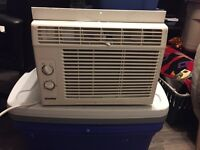 PERFECT WORKING A/C (less then 2 years old) 25$ **FIRE SALE**