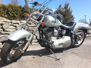 2006 Harley-Davidson Softail (FXSTI) **LOW KMS, MINT CONDITION**