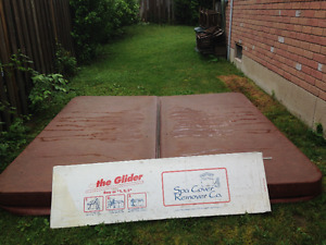 HOT TUB COVER AND SPA COVER REMOVER FOR SALE !!!