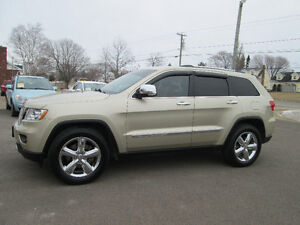 2011 Jeep Grand Cherokee Overland 5.7 HEMI, LOADED TRADE WELCOME