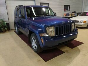 2009 Jeep Liberty Sport North  Minty Lowest Km 2 Tires