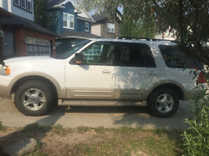 2005 Ford Expedition Eddie Bauer 8 seater