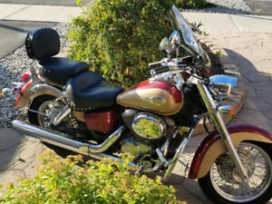 EXTREMELY CLEAN 99 HONDA 750 AMERICAN CLASSIC EDITION