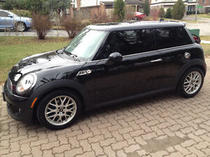 2013 MINI Mini Cooper S Coupe (2 door)