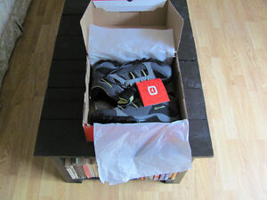 Outbound hikers size 10