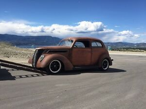 Wanted 1937  ford  Tudor rear seat
