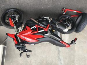 Ducati 2015 Hypermotar avec garantie