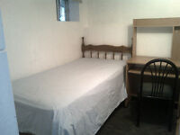 2 mins to Warden Station. Furnished Room. Ladies only