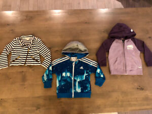 Size 4t Hoodies Lot (3 items) 10$ for all