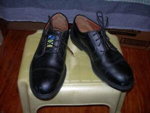 COFRA men,s steel toe shoes, leather, size: EU40, USA 7W. $59.99