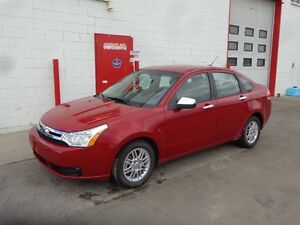 2009 Ford Focus SE Sedan ~ One Owner ~ Auto ~ SYNC ~ $4999