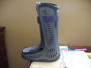 Medical Ankle Boot - Large