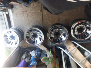 4 mags ford 15 POUCES  100 $