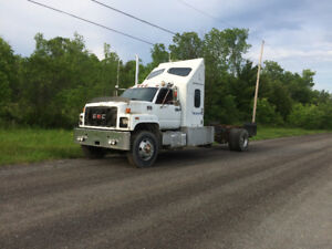 GMC 8500  cab and chassis  trades ??