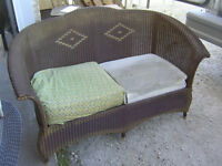 1930s ORIGINAL FINISH WICKER LOVESEAT $100 HOME PATIO DECOR !