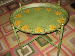 FABULOUS PAINTED TRAY TABLE!!!!
