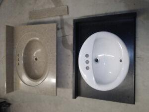 BATHROOM VANITY GRANITE TOP & SINK.