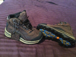 Brand New Infants Size 7 Timberlands