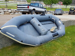 Inflateable dingy