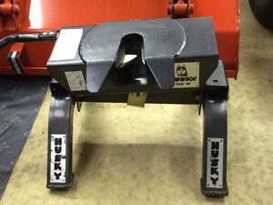 Attache Sellette HUSKY 16K W Fifth Wheel Hitch
