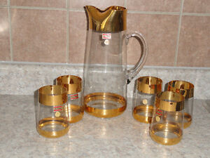 AVITRA Crystal Water Decanter and Glasses
