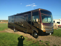2011 Newmar Baystar - Rare find bunk model!