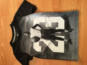 Size 5/6 basketball shirt
