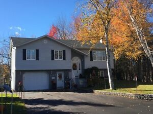 House with a 1 acre lot in Bathurst NB
