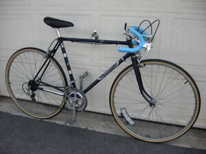Raleigh Challenger 10 Speed Road Bicycle