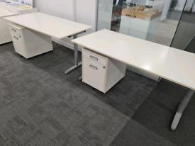 White office desks 160 x 80 cm with pedestals