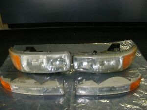 GMC - Yukon / Sierra Headlights & Marker Lights