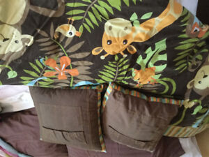Animal douvet with 2 pillows - single