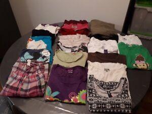 Lot 10$ : 32 mcx vêtements été P/Ado-fille T :S