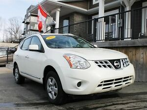 2013 Nissan Rogue S / 2.5L I4 / Auto / AWD **Affordable**