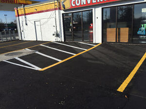 PARKING LOT LINE PAINTING AND PAVEMENT MARKINGS Cambridge Kitchener Area image 5