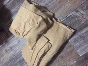 Twin size fleece bed sheet set