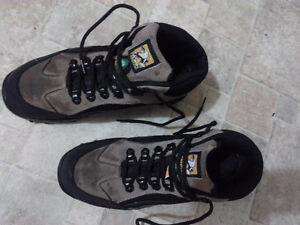 WORK FORCE safety boots for men Kitchener / Waterloo Kitchener Area image 2