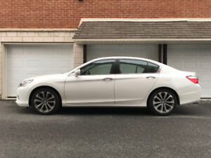 2015 Honda Accord Sport Sedan - Transfert de bail : 200$/2 SEM.